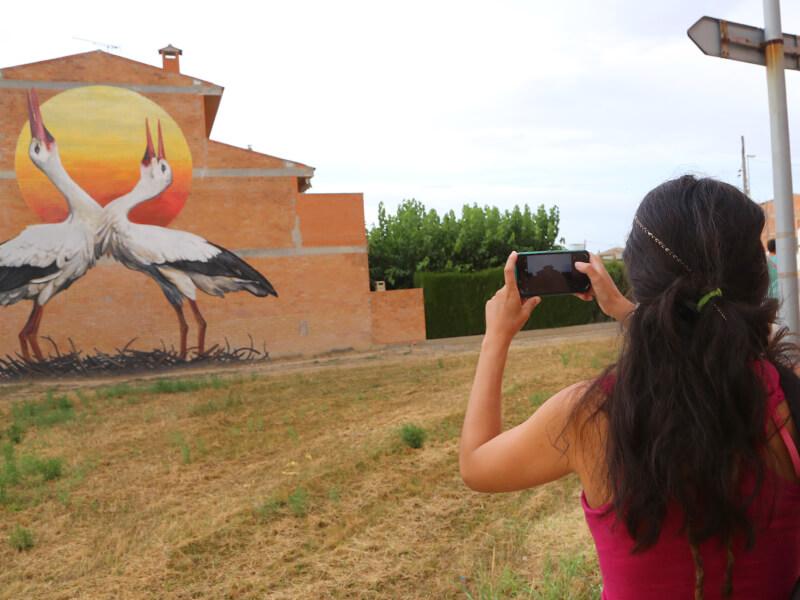 cigonya-blanca-enciclopedia-mural-3